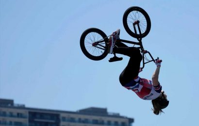 Who is BMX star Charlotte Worthington? Former chef who won Olympic gold in Tokyo 2020 freestyle