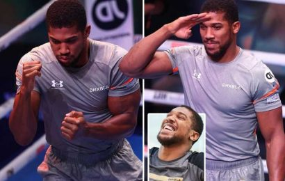 Anthony Joshua ready for all out war with Oleksandr Usyk after signing new career deal with Eddie Hearn
