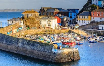 Cornish locals demand second home owners PAY BACK £100m Covid grants
