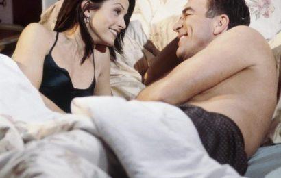 'Friends': 3 Reasons Richard Burke Was Better for Monica Geller Than Chandler Bing