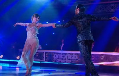 Olivia Jade & Val Chmerkovskiy Do the Viennese Waltz On 'Dancing With The Stars' Week 2 – Watch Now!