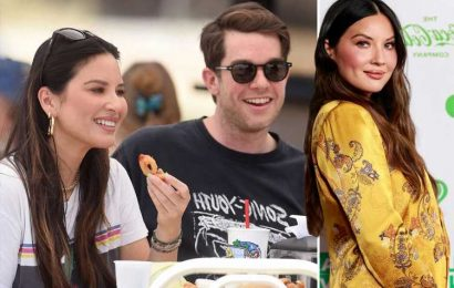 Pregnant Olivia Munn wants baby's gender with boyfriend John Mulaney to be a 'surprise' & reveals how she's feeling