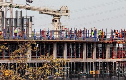 Why Victoria, and the Premier, can't afford to shut down construction
