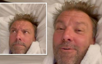 'Could do with moral support' Martin Roberts sparks confusion with cryptic post