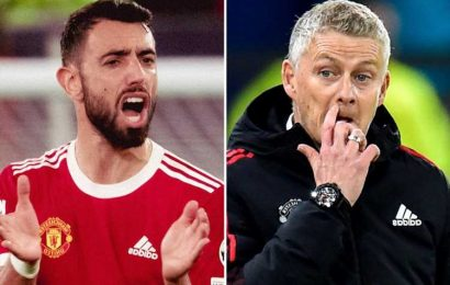 Man Utd star Fernandes told Solskjaer tactics needed changing and he had to drop deeper before comeback against Atalanta